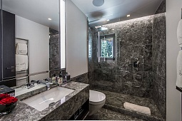 luxury bathroom remodeling contractors Park Ridge