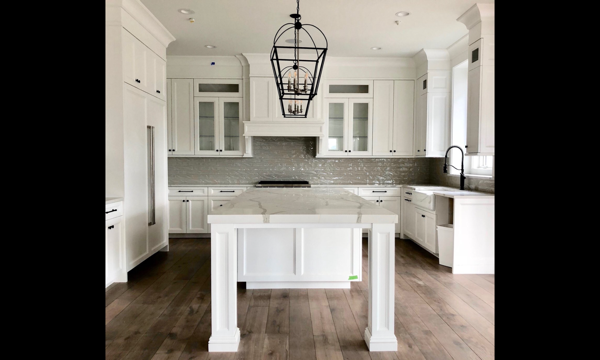 white kitchen remodeling contractors